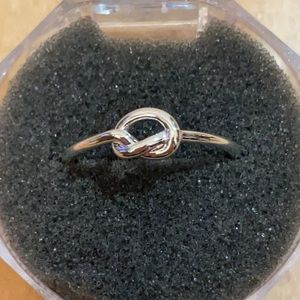 Knot Ring - Adjustable